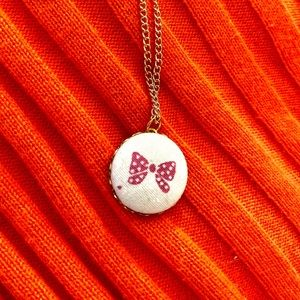 Cute pink ribbon bow button pendant necklace